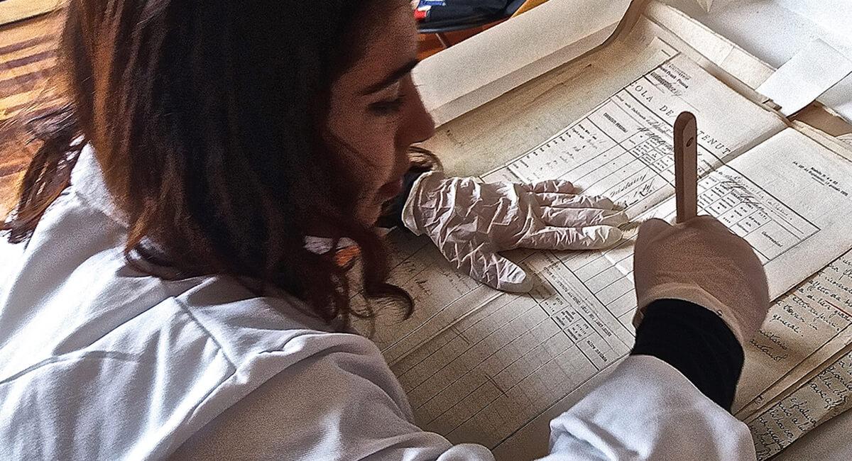 Stefania Zeppieri   Conservazione e Restauro Beni Librari, Archivistici, Opere d'Arte su carta e manufatti Affini - Restauro volumi rari   Archivio Centrale dello Stato di Roma (Cantiere Esterno)